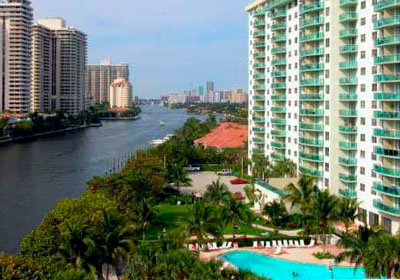 Ocean View Sunny Isles Beach Condominiums for Sale and Rent